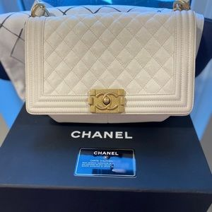 CHANEL Old Medium Boy Bag - off white w/ gold